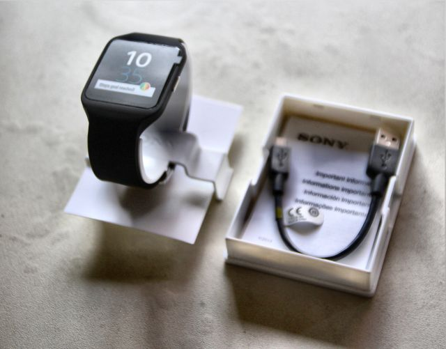 sony smartwatch 3 contenu