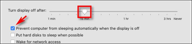 Dans les préférences d'économie d'énergie sur Mac, définissez la durée de veille de l'affichage sur le curseur, puis cochez la case ci-dessous.