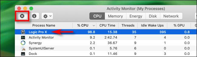 """Dans Activity Monitor sur Mac, sélectionnez le processus et cliquez sur le bouton """"Arrêter""""."""