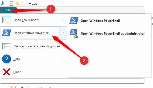 """Cliquez sur """"Fichier"""", passez la souris sur """"Ouvrir Windows PowerShell"""", puis cliquez sur votre option préférée."""