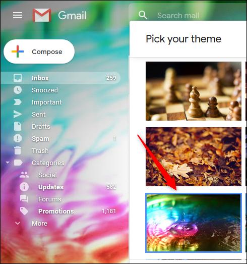 Un aperçu d'un thème aux couleurs vives dans Gmail.
