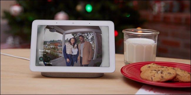 Google Home Hub montrant une vidéo Nest Hello
