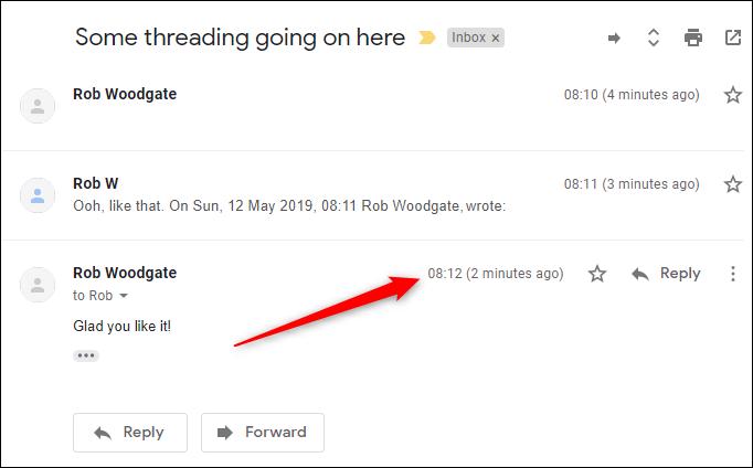 Le fil de discussion par défaut avec le nouveau courrier en bas