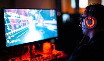 6 meilleures bandes lumineuses RVB pour les salles de jeux