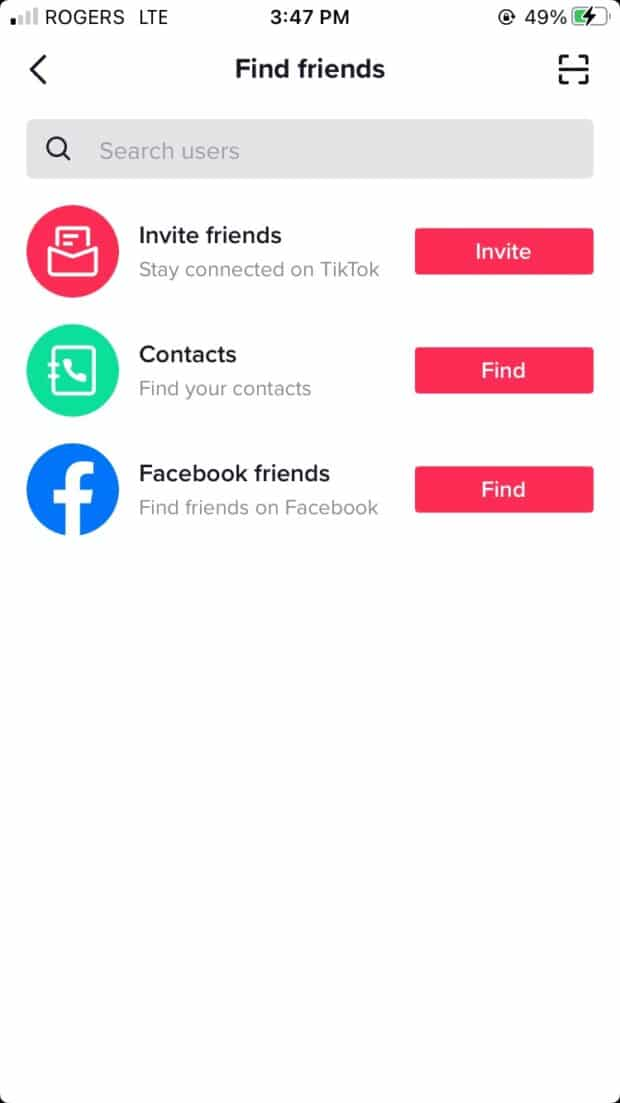 trouver des amis en connectant le profil à la liste de contacts ou au compte Facebook