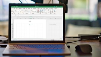 Insérer des en-têtes et des pieds de page dans l'image de fonction Excel